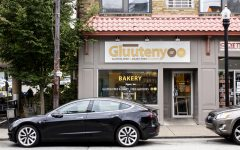 The Guuteny bakery storefront.