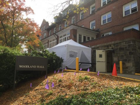 The white tent where tests are administered is near Woodland Hall and next to Health Services. Credit: Alice Crow
